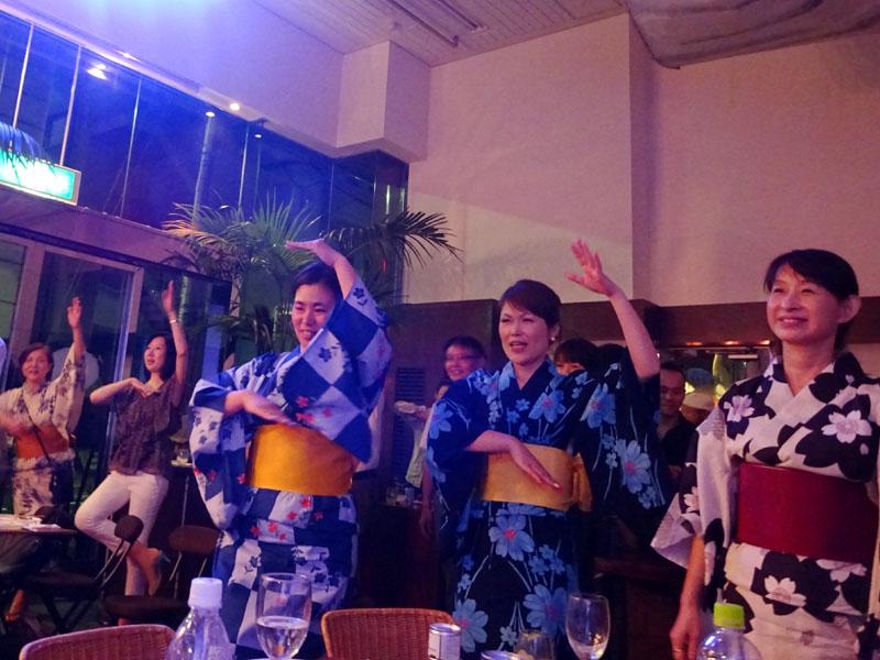 盆踊りvsサンバ祭リ